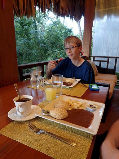 Amber Sunset Jungle Resort breakfast