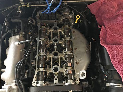 valve cover 02