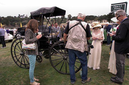 1904 Holsman Model 3 Runabout owned by Marta and Henrietti Holsman of Carpinteria California DSC 2474 -1