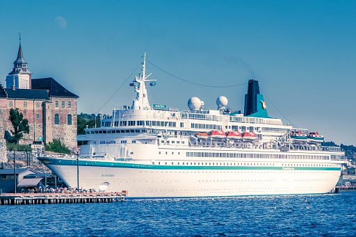 Albatros cruise ship