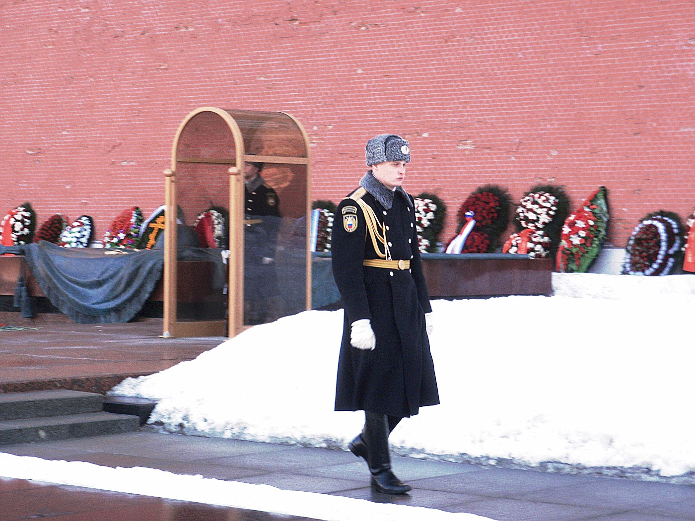 Changing of guard at Tomb of the Unknown Soldier