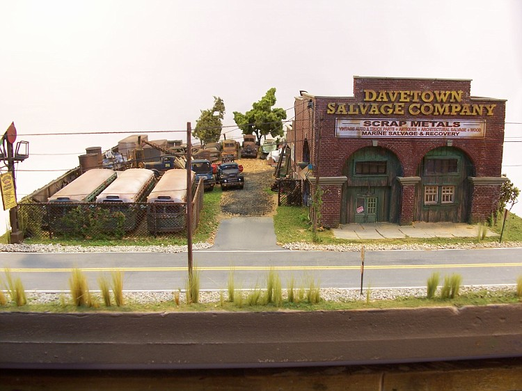Davetown Salvage - Dioramas - Model Railroad Forums