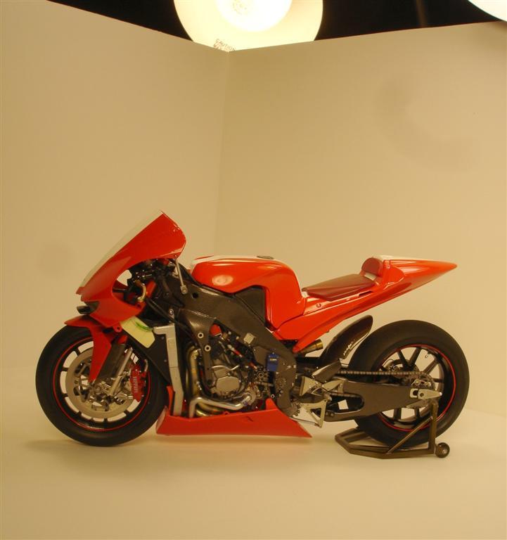 Ferrari Motorcycles: Ferrari FXX Motorcycle: Complete