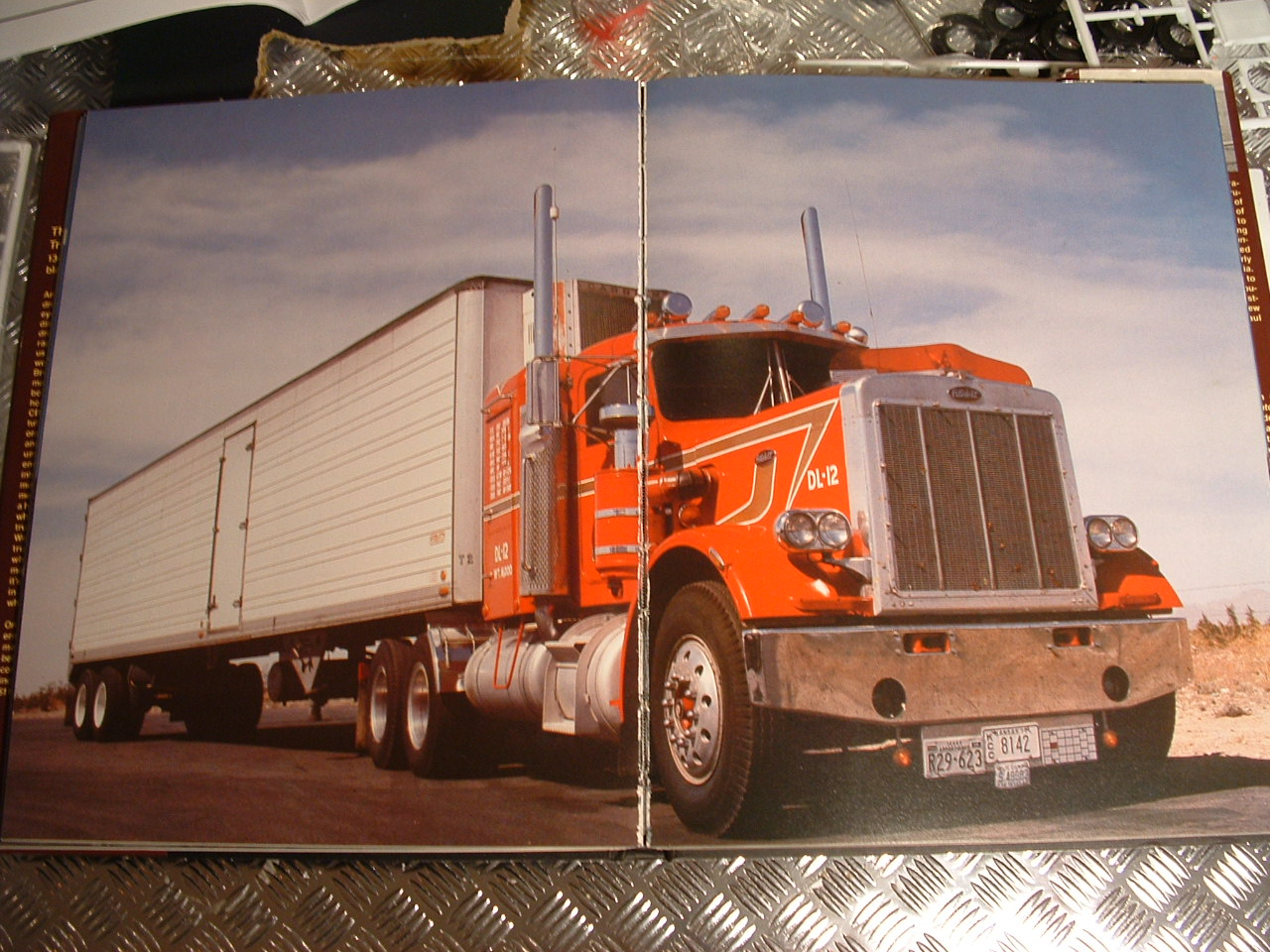 Photo: Pete colors will be like this real one    Peterbilt