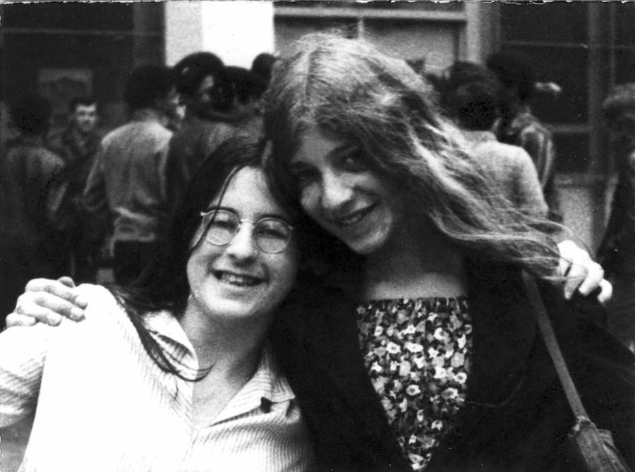 Elke+Ellen '73