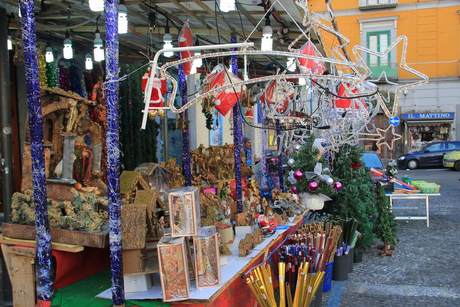 Рождеств в Неаполе, Торре Аннунциате, в Помпеи