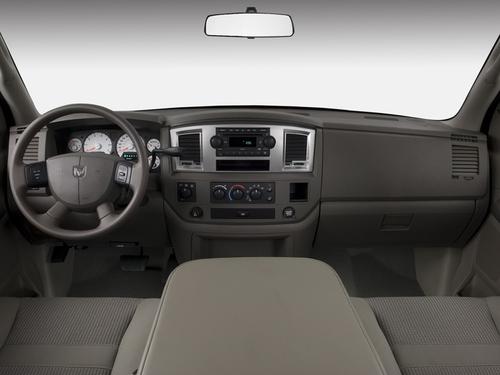 2008-dodge-ram-1500-4wd-mega-cab-160-5-sxt-dashboard 100291309 l