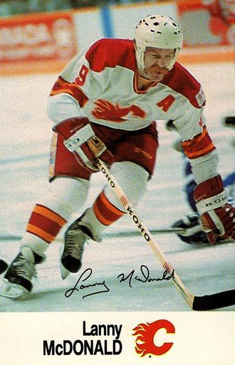 1988-89 Esso NHL All-Star Collection Lanny McDonald (1)