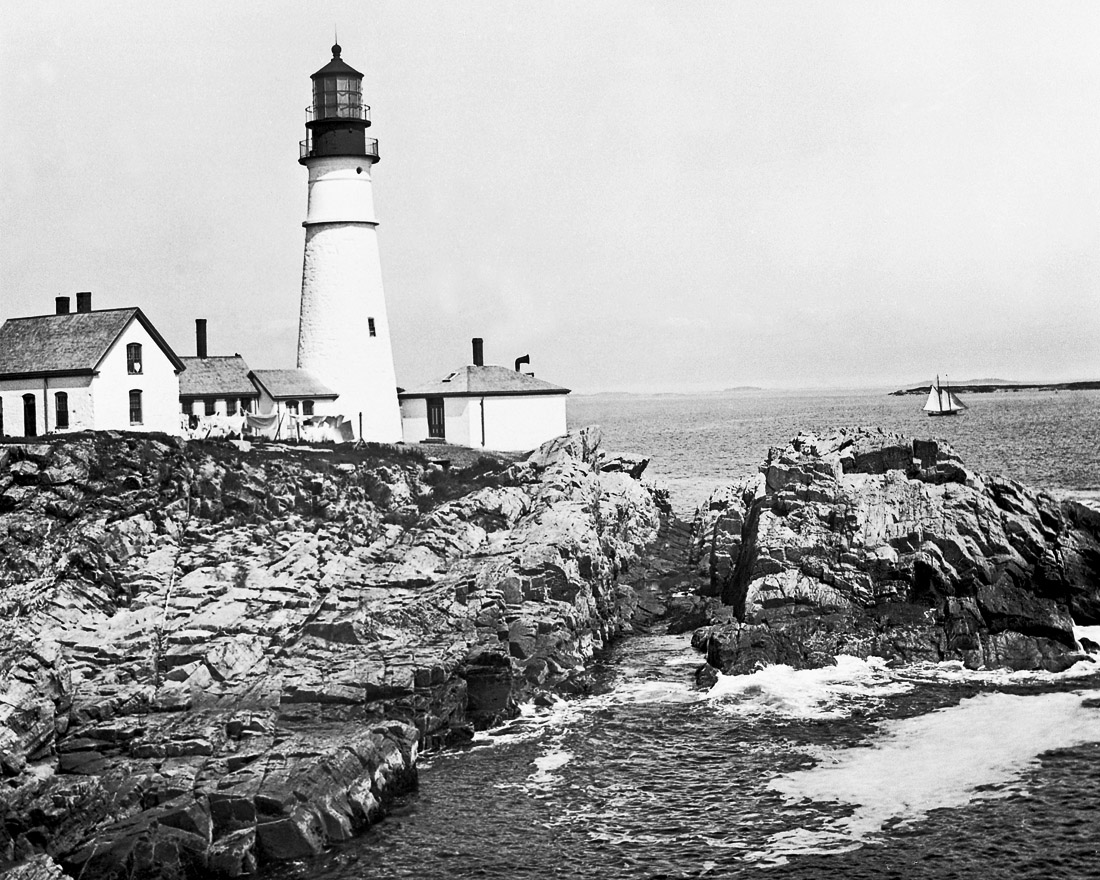 lighthouseportlandsharp.jpg