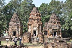 Architektura charakterystyczna dla świątyń z czasów Imperium Kambodży