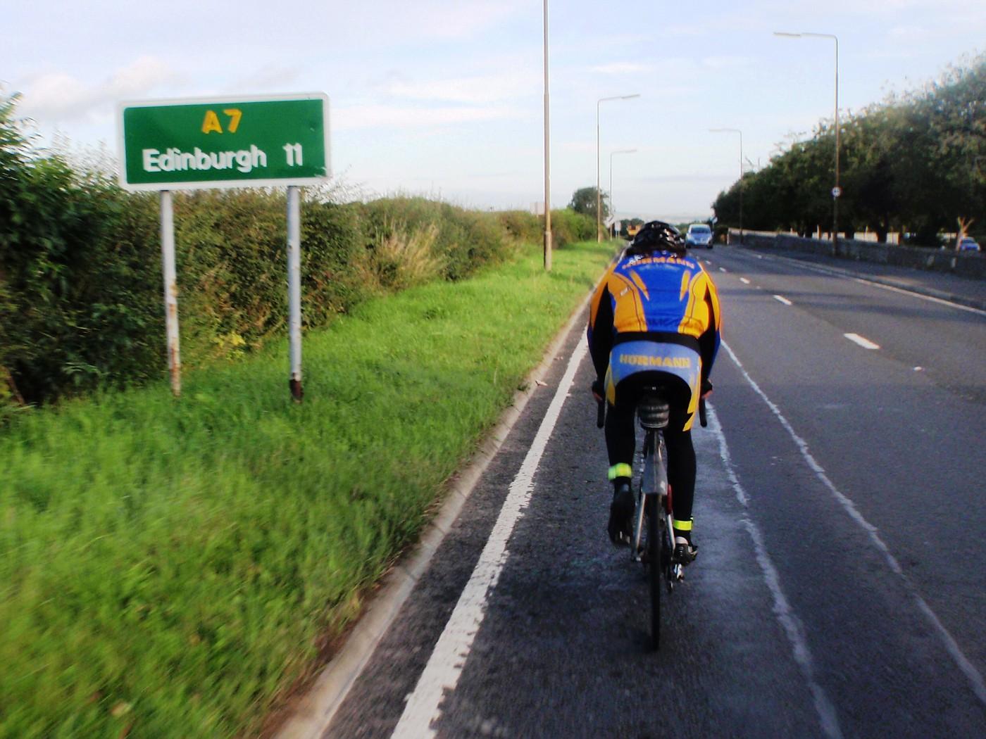Anton is on the final descend over Edinburgh :-)