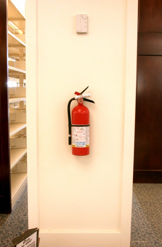 Feb 10 06 Fire extinguisher 2