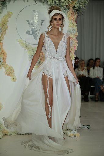 Julie Vino Bridal FW18 0169