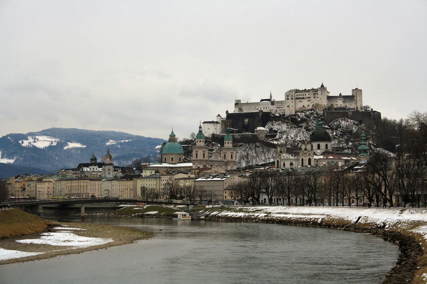 http://images19.fotki.com/v276/photos/2/243162/8488810/Salzburg2-vi.jpg