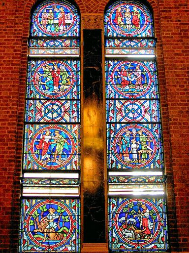SAINTS PETER AND PAUL CHURCH - STAINED GLASS - 29