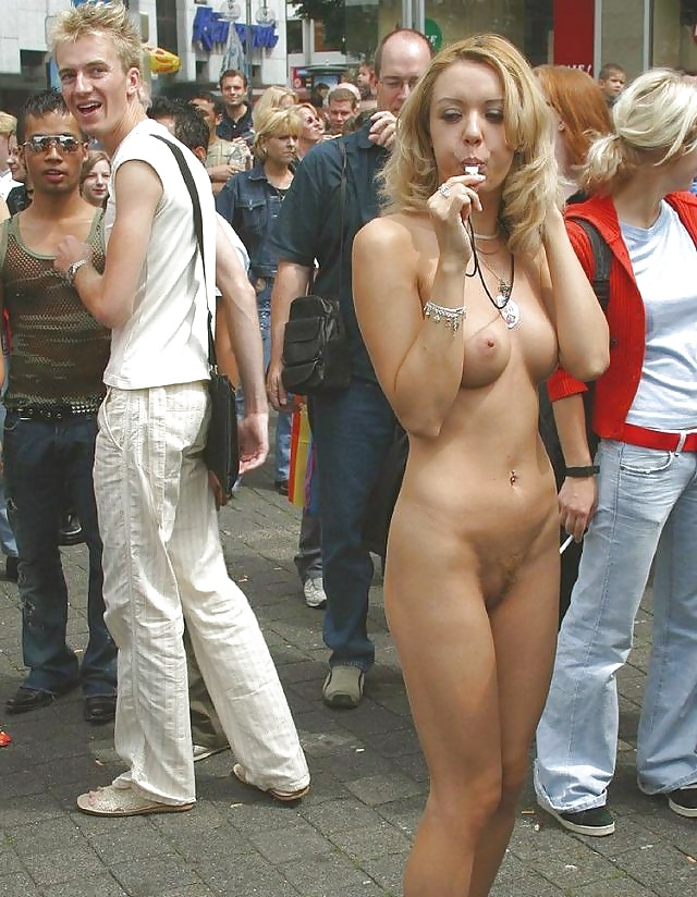 порно видео голые на публике