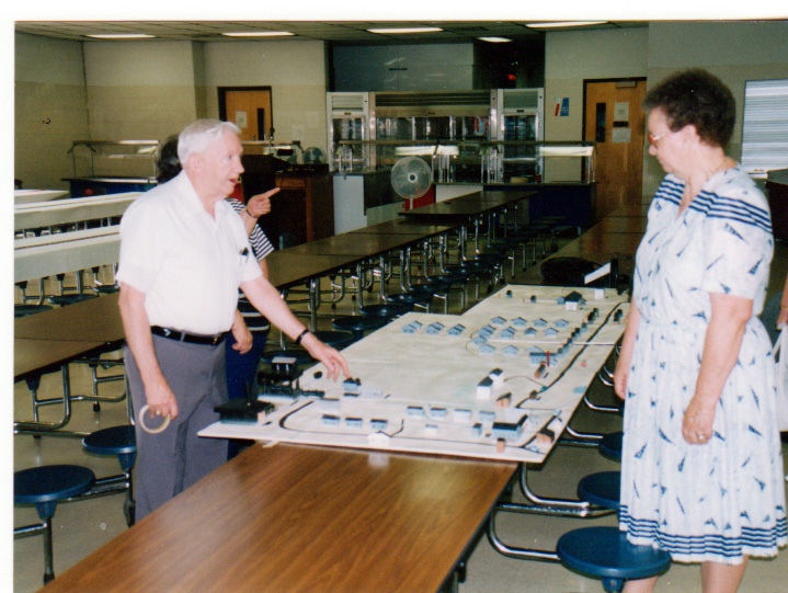 Ralph Lowe, who made this display, is explaining everything to Mildred (AUSTIN)(WEST) Lowe.