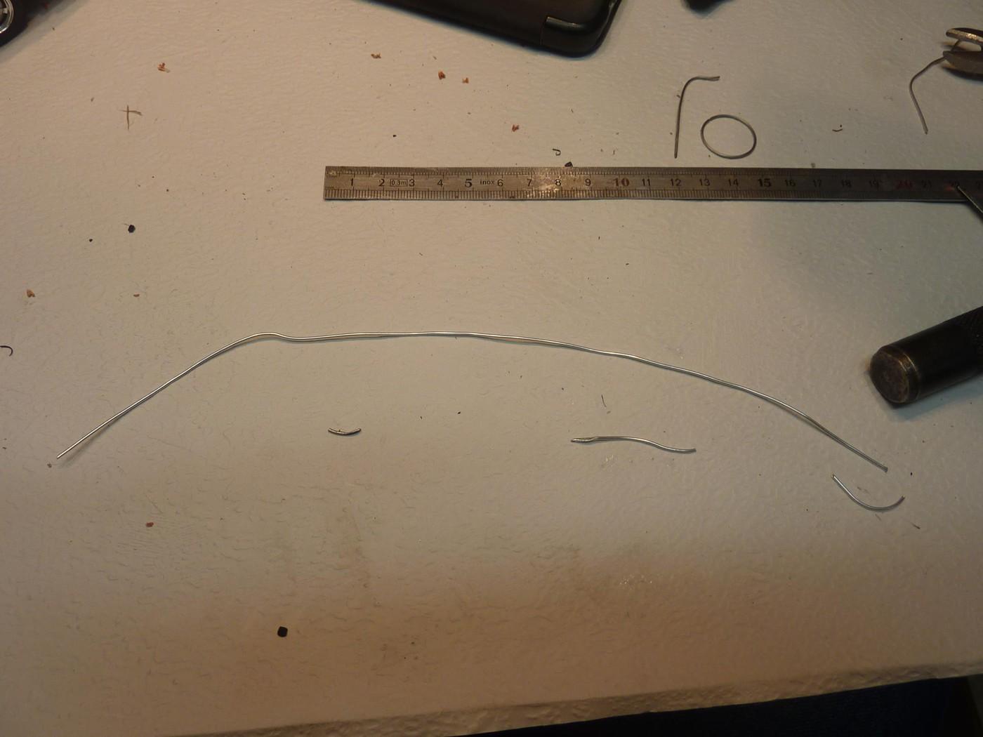 Astuce pour filets blanc sur pneus Photo1-vi