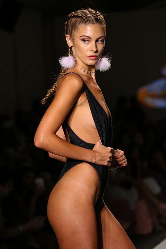 Frankies Bikinis MiamiSwim SS18 184