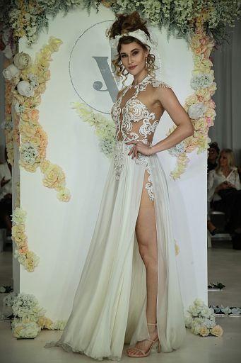 Julie Vino Bridal FW18 0106