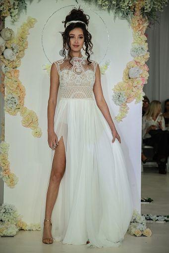 Julie Vino Bridal FW18 0136