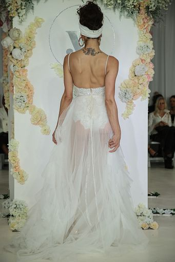 Julie Vino Bridal FW18 0200