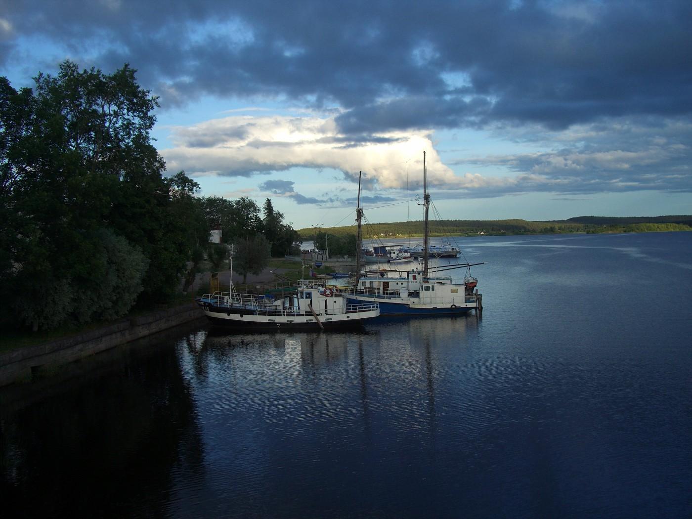 Boote im Ladogasee bei Sortavala