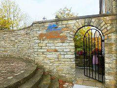 Eingang zum Burg-Restaurant