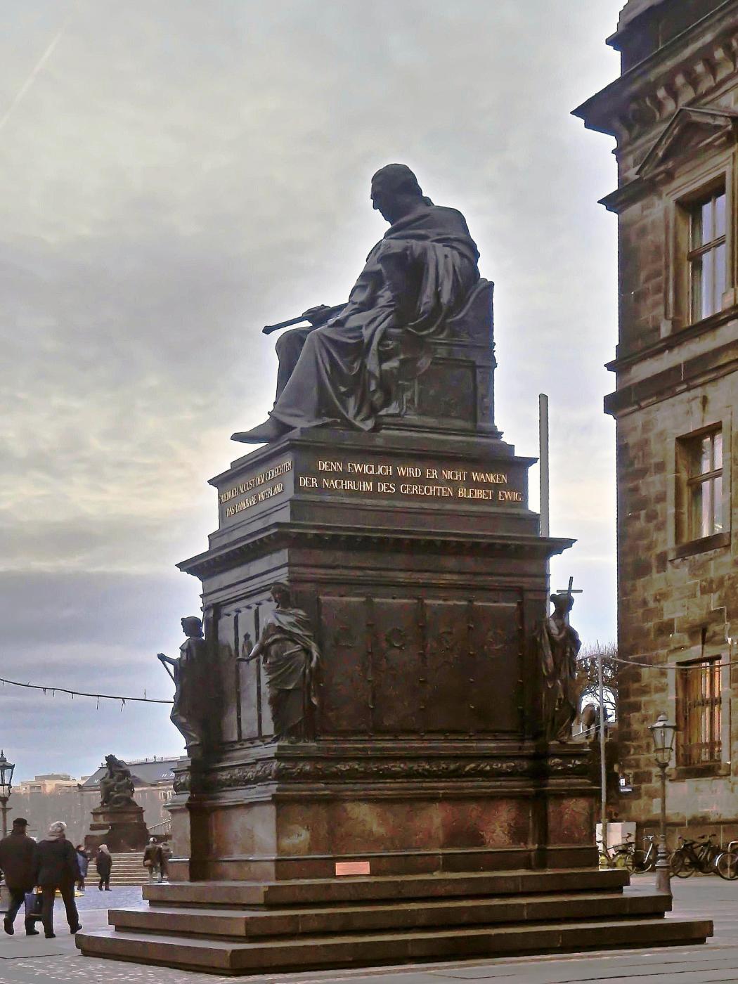 Friedrich August dem Gerechten vor dem Oberlandesgericht