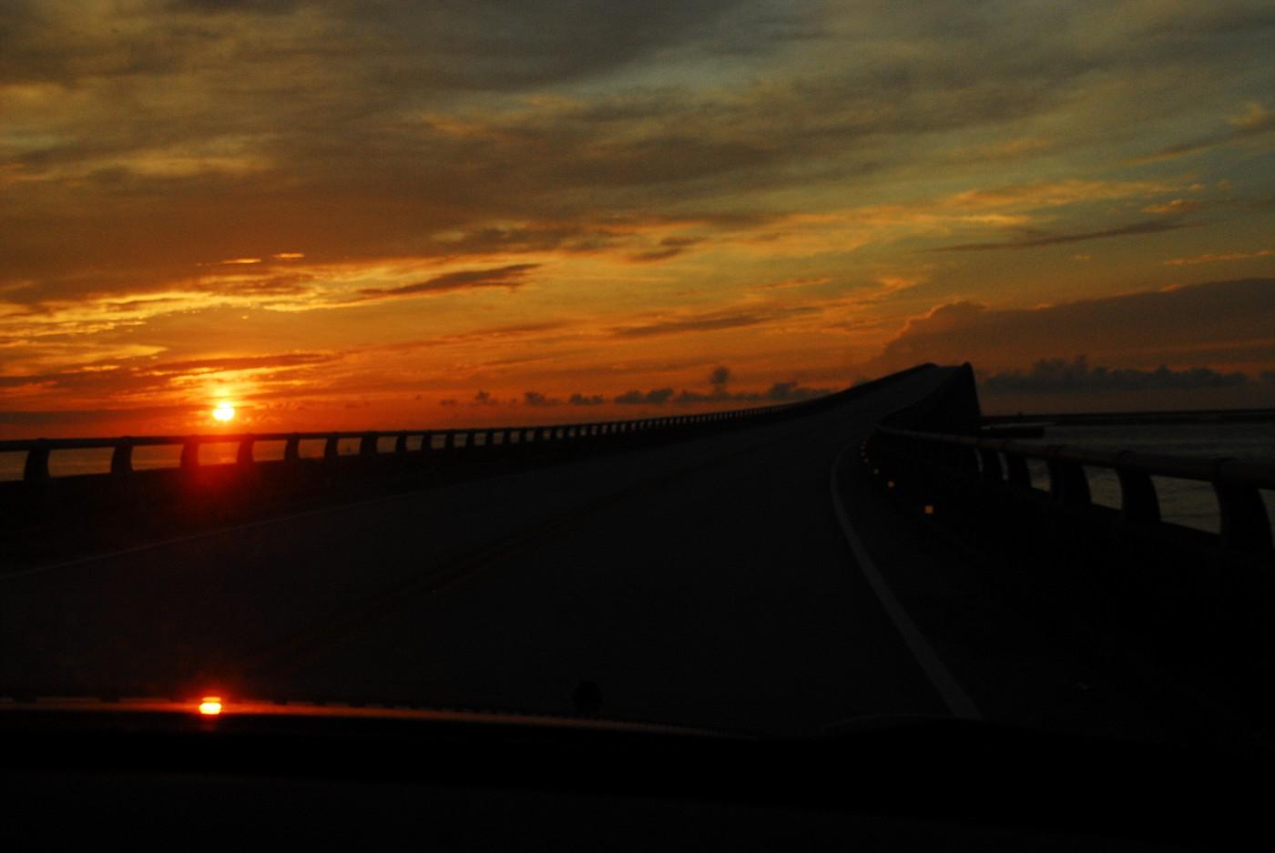 JollyRogers&LeavingOcracokeWChristina&Marissa 049