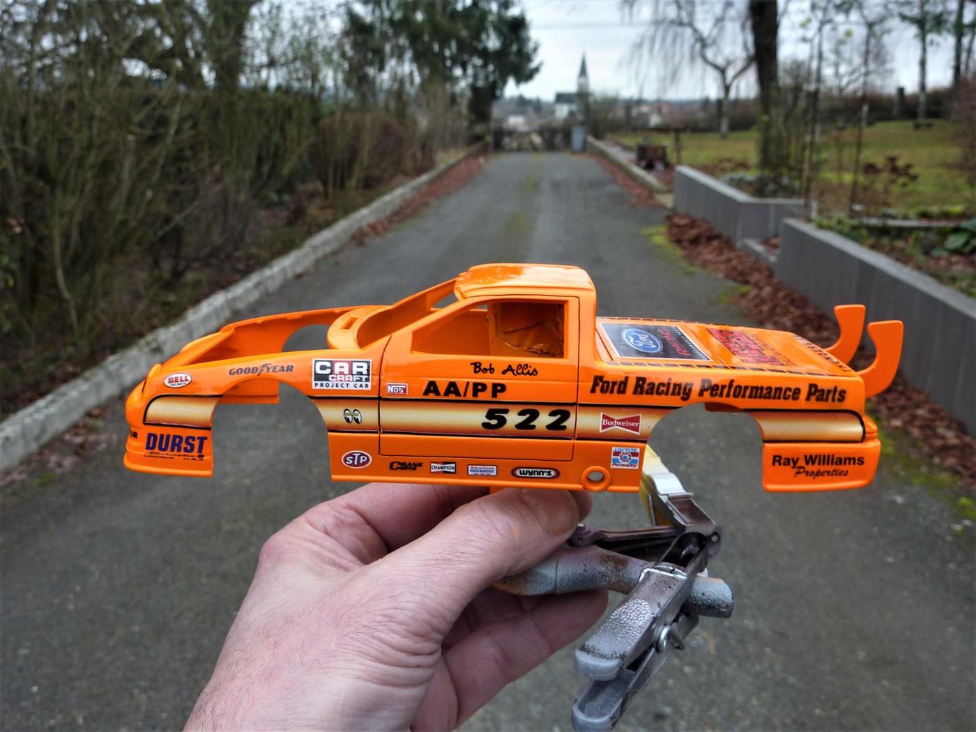 Ford T Bird Pickup racer Bonneville ( Ex Nascar) terminée  - Page 2 Photo30-vi