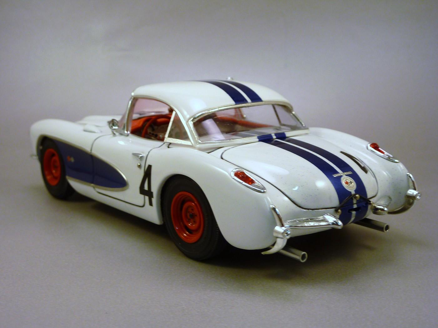 Corvette Sebring 57 terminée  RvetteSebring57DickThompson008-vi