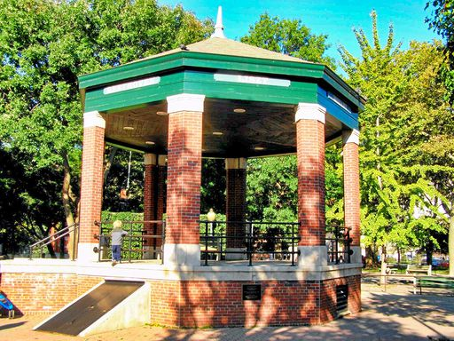 CHURCH SQUARE PARK - GAZEBO