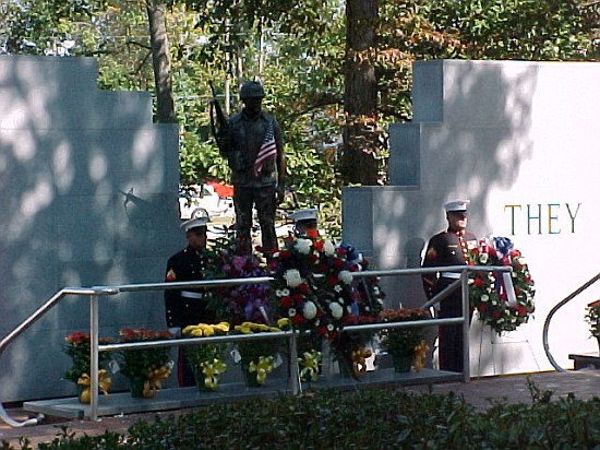 Marines with wreaths at the Beirut Memorial